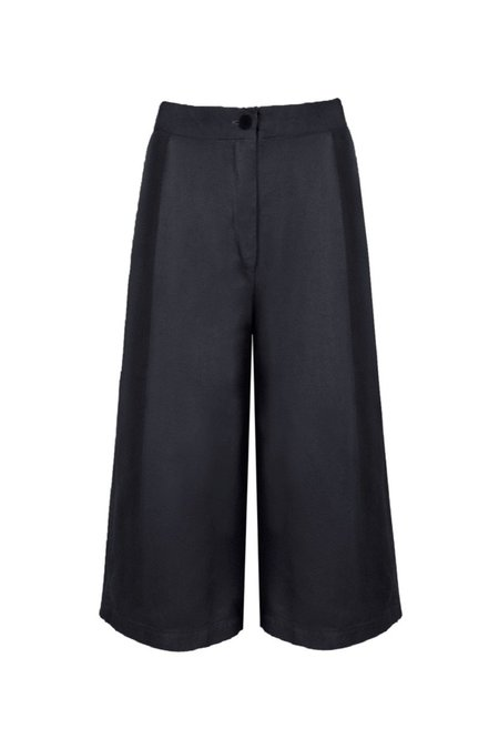 KES Cropped Single Pleated Trouser
