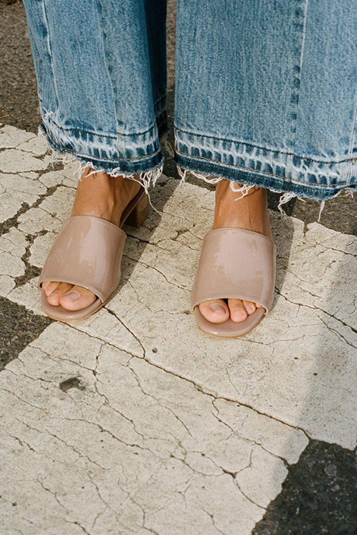 2f5f9e1ebb5 MARYAM NASSIR ZADEH Purple Sophie Slide Sandals t