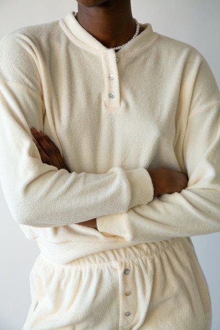 Donni Terry Henley Sweatshirt - creme