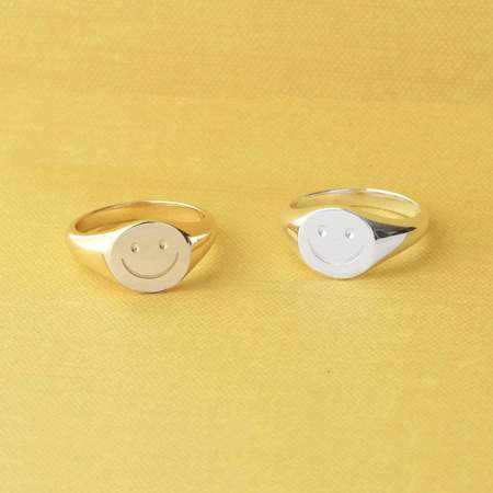 Kris Nations Happy Signet Ring - Sterling Silver