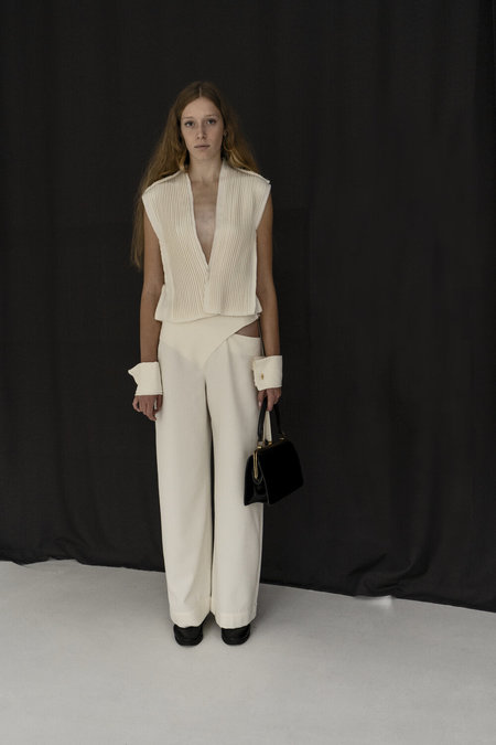 K M by L A N G E deconstructed MARRY ME PANTS - cream