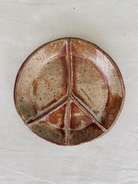 "Ariel Clute 8"" Peace Plate - Brown Speckle"