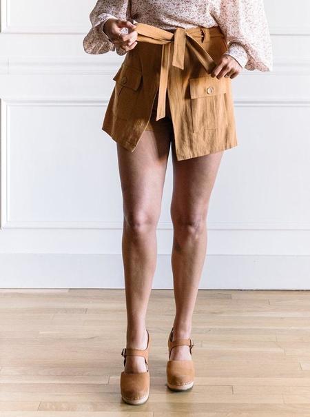 The Korner Tie Front Shorts - Camel