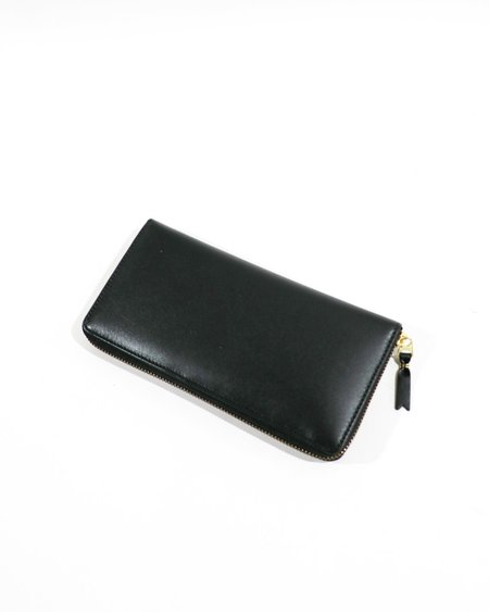 Pre-loved Comme des Garcons Classic Line Leather Long Zip Around Wallet - black