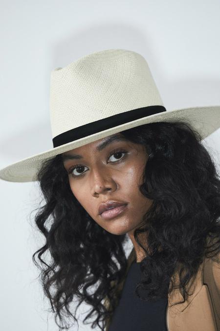Janessa Leone Vija hat - Natural