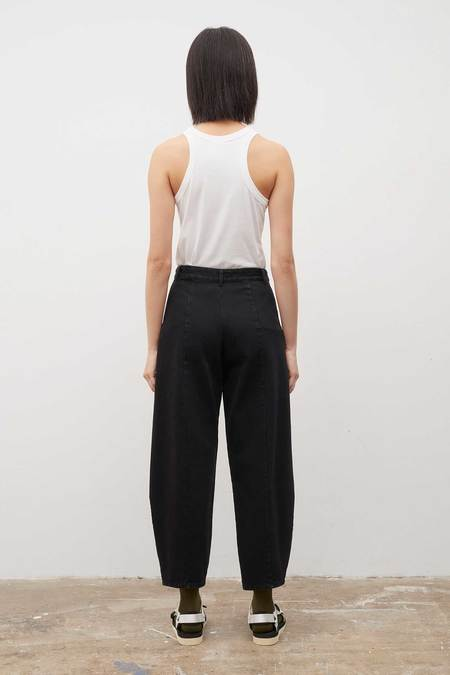 Kowtow Sculptor Jeans - black-denim