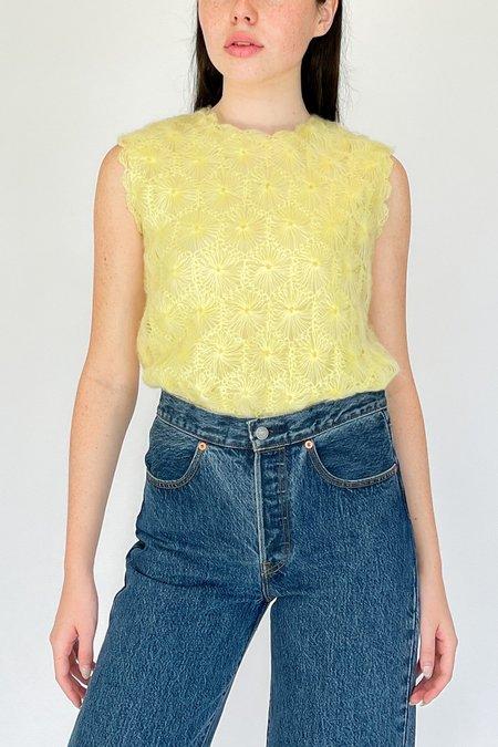 Vintage Flower Embroidered Knit Sleeveless Top - Lemon