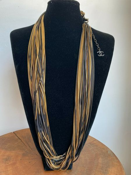 pre-loved chanel MULTI STRAND NECKLACE - gold-tone/Ruthenium-Plated