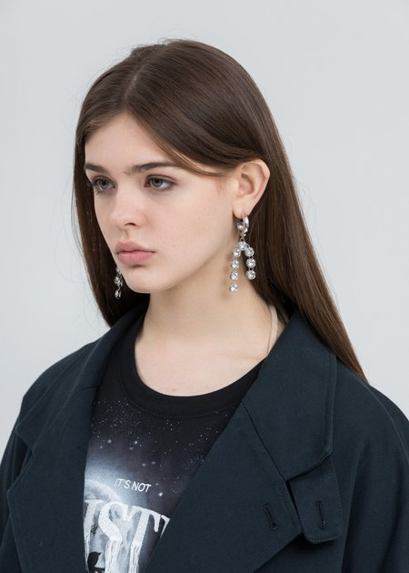 DEPARTMENT Snow Drop Earring - White Gold