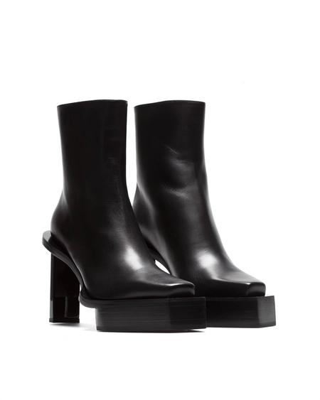 1017 ALYX 9SM Bee Boots - Black