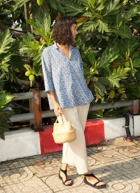 Unisex KAAREM Butterfly Pea 3/4 Sleeve Short Collar Shirt - Blue Garden