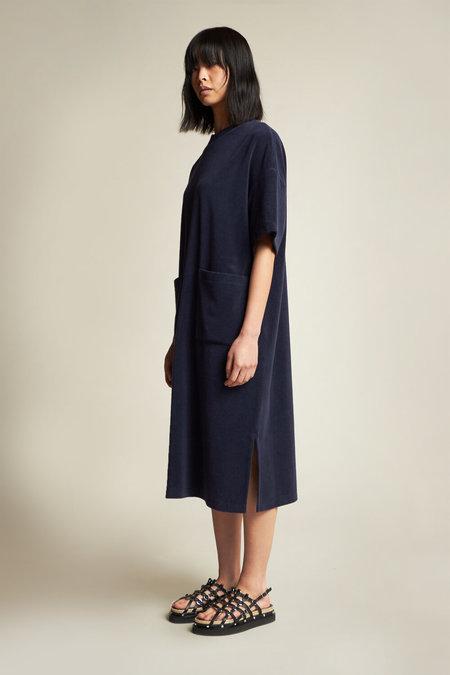Kloke Engulf Towelling Dress - black