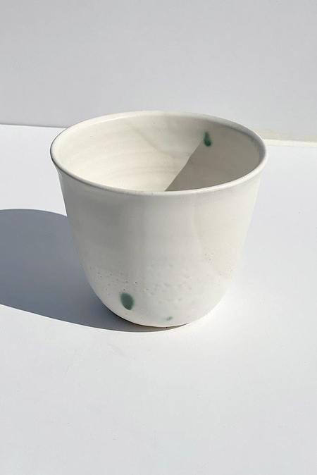 A.Cheng Lipped Planter - WHITE