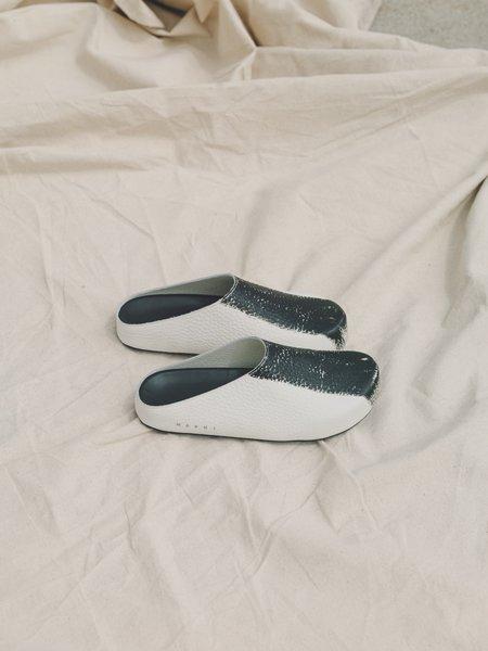 Marni Grain Calfskin Leather Mule - White/Black