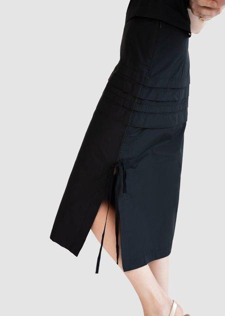 Caramel Tuck Skirt - Black