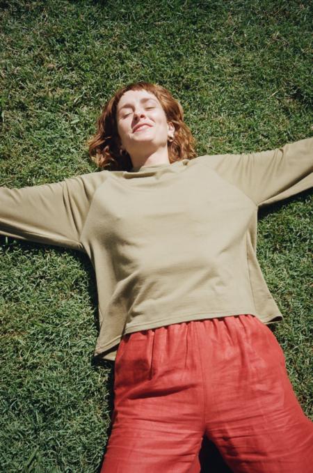 Mimi Holvast Scrunchie Raglan pullover - Sage Green
