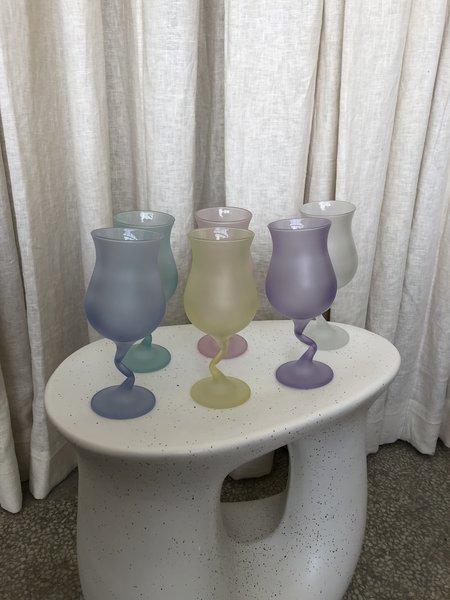 Vintage FROSTED Z STEM GLASS SET - Multi