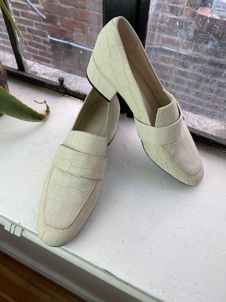 pre-loved Freda Salvadore White Loafers - white