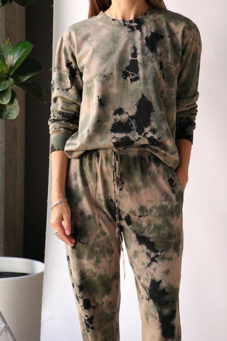 Raquel Allegra Perfect Sweatshirt - Army Calico Tie Dye