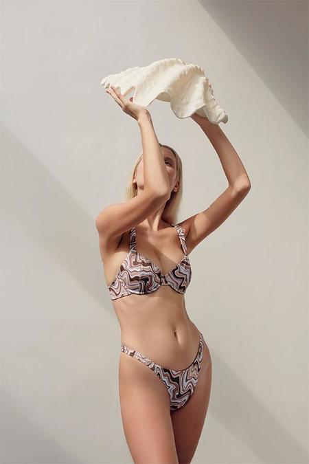 Palm Farrow Scrunch Bikini Bottom - Eclair