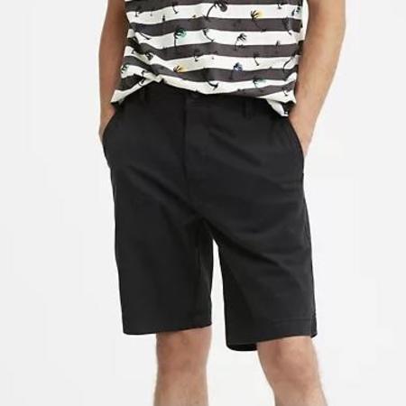 Levi's Chino Taper Fit Shorts - Mineral Black