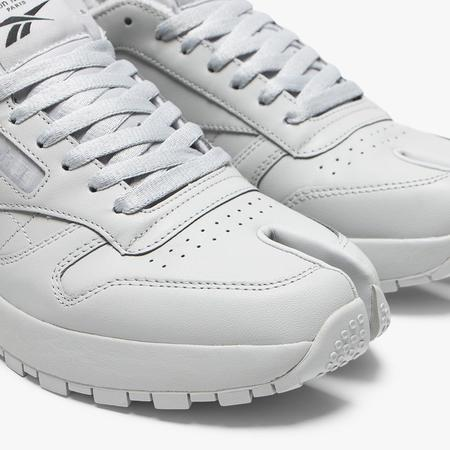 Reebok x Maison Margiela Classic Leather Shoes - Tabi/Grey