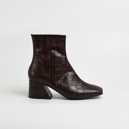 Unreal Fields DORIC Leather Square Toe Boots - Brown