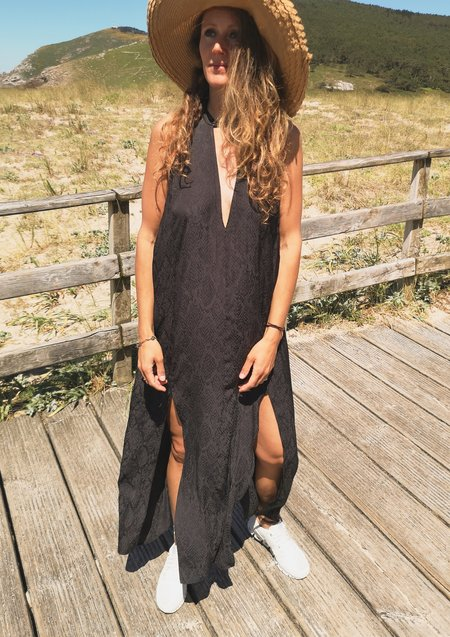 Berenik JACQUARD SATIN EVENING DRESS - snake black