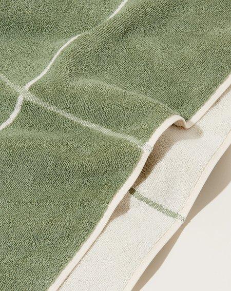 Baina Miles Bath Sheet - Sage/Chalk
