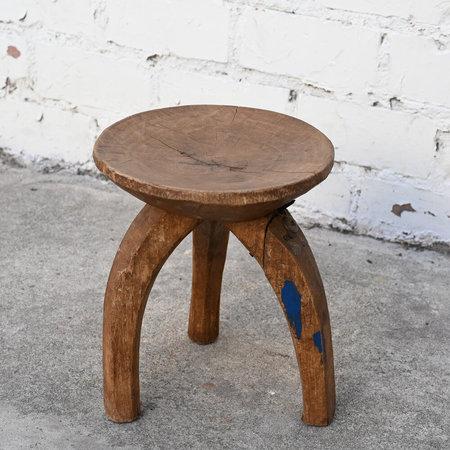 VINTAGE Made Solid Unique Round Three Leg Senufo Stool - Brown