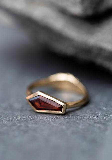 Margaret Cross Garnet Coffin Ring - Gold