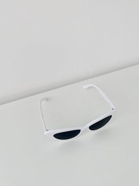 Reality Eyewear Byrdland Sunglasses - White
