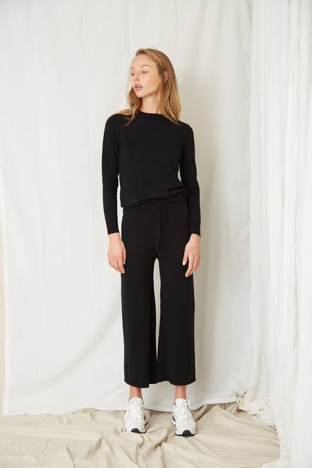 Third Form IN THE CREW PANT - BLACK