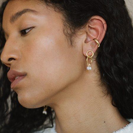 Kara Yoo Moria Mini Earrings - Silver
