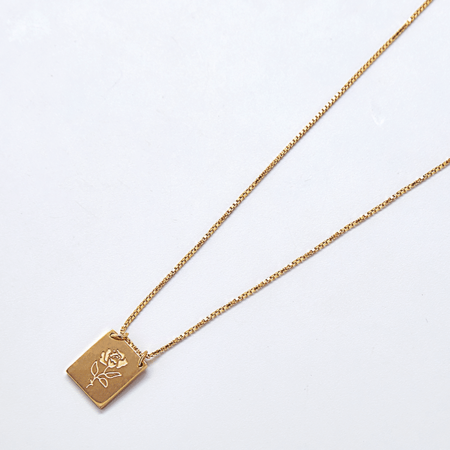 Mada Rose Pendant Necklace