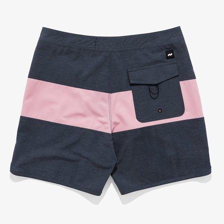 Banks Journal Validate Boardshort - black/Pink