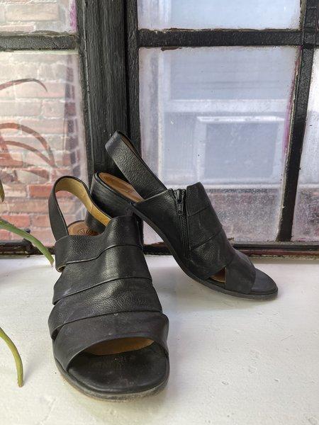 [Pre-loved] Coclico Strappy Sandals - Black