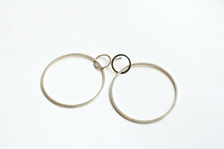 pre-loved Jennifer Zeuner Interlocking O Hoops - Sterling Silver