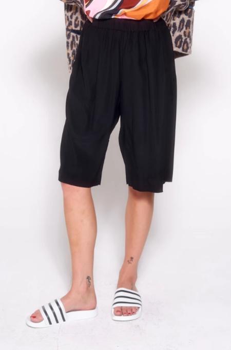 Aquarius Cocktail Stef Trouser Short - Jet Black