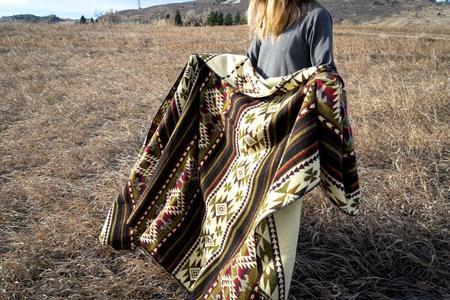 Andean Alpaca Wool Blanket - Cactus Green