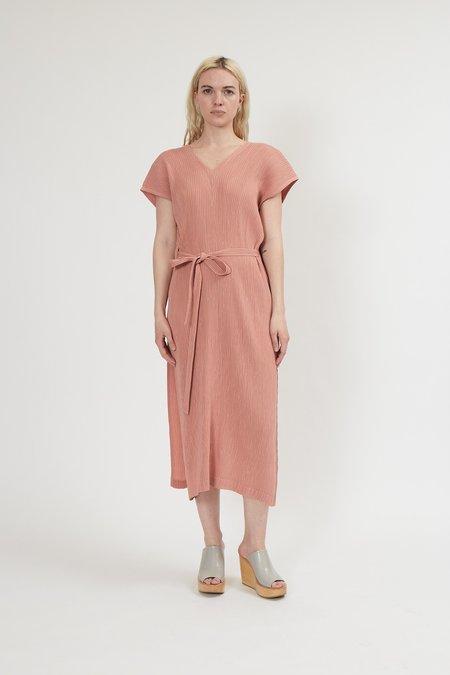 Issey Miyake Hatching Pleats Dress - Light Pink