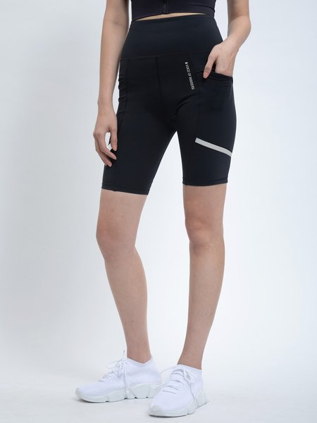 VOICE OF INSIDERS Futuristic Cycle pockets Shorts - black