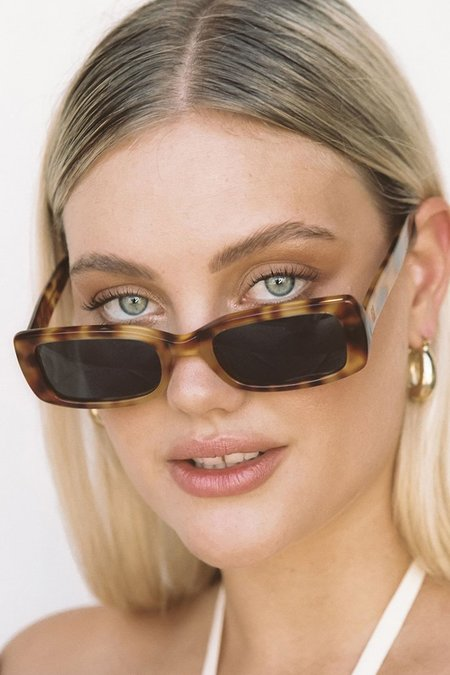 Raie Eyewear Evie Sunglasses - Caramel Tort