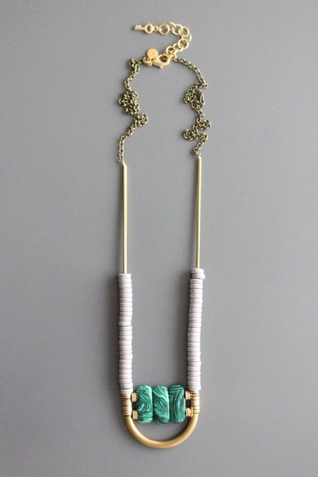David Aubrey Inc Arch Necklace - green stone/Brass
