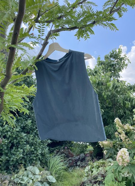KAAREM Petal Dropped Arm Tank - Blue Jade