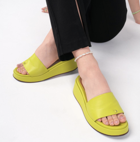Labucq Solar Slide Sandals - Cactus