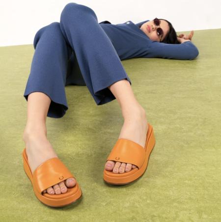 Labucq Solar Slide Sandals - Marigold