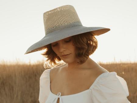 Freya Eclipse Hat - Sky