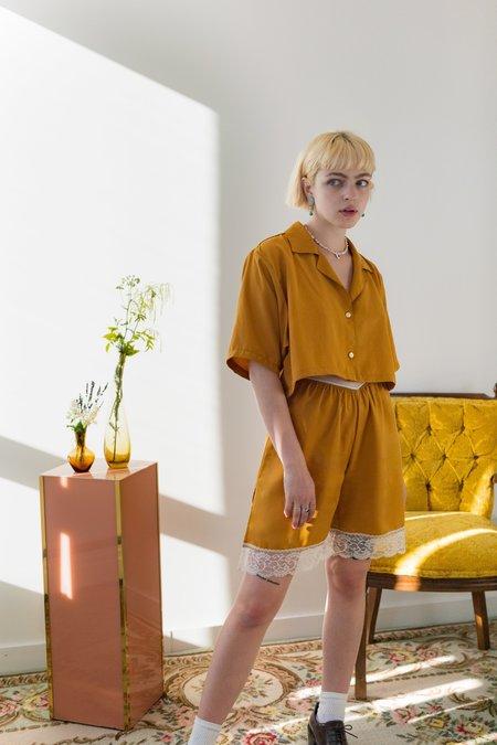 aleur Freja Shorts - Mustard