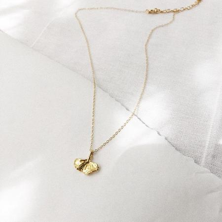 LAZULI Tiny Ginkgo Leaf Necklace - Gold